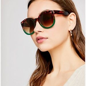 NWT Free People ombré sunglasses